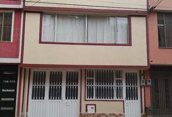 Casa en venta Calle 70d, Bosques De Mariana, Bogotá, Cundinamarca, Colombia
