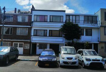 Casa en venta Cl. 81 #108, Engativá, Bogotá, Colombia