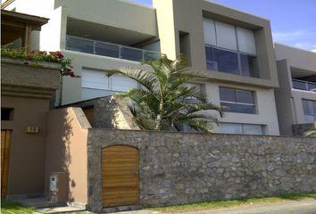Casa en venta Calle Los Centinelas 125, Surco, Perú