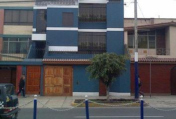 Departamento en venta Avenida Ariosto Matellini 177, Chorrillos, Peru