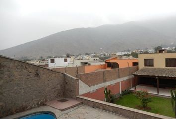 Casa en venta Onega, La Molina, Perú