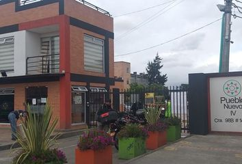 Casa en venta Cra. 99 #14-98, Bogotá, Colombia